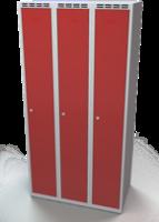Odolná šatníková skrinka - dvojplášťové dvere, šírka / počet oddelení: 900 mm / 3
